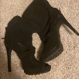 Juicy couture black high heel boots size 7.5